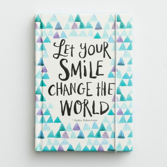 Sadie Robertson - Let Your Smile Change the World - Christian Journal