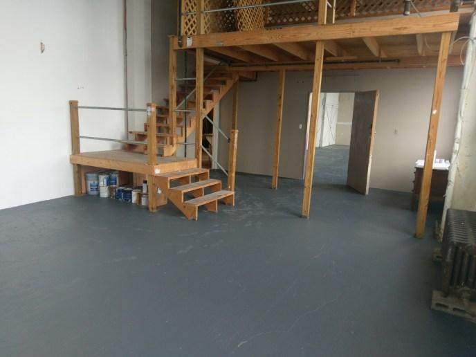 Studio B - w/ open overhead balcony