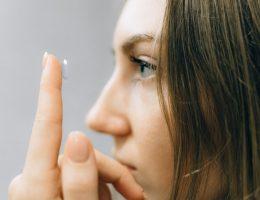 Hier moet je op letten bij het aanschaffen van contactlenzen