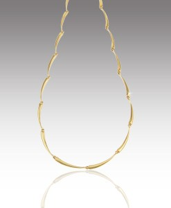 Curved Link Necklace