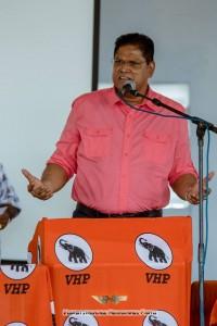2Santokhi ontkent verregaande samenwerkingsafspraken met NDP
