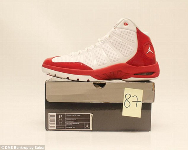 Bankrupt NFL star Warren Sapp auctions off MASSIVE Air Jordan collection worth $6,500 to pay child support debts