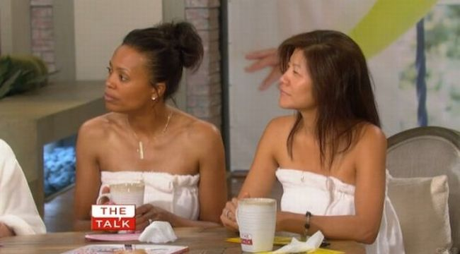 The Talk No Makeup: Co-hosts  Julie Chen, Aisha Tyler, Sharon Osbourne, Sara Gilbert and Sheryl Underwood bared their makeup-free faces for a buzzy season three premiere.