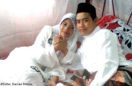12-year-old Girl Marries 19-year-old in Malaysia: Dad Gives Permission