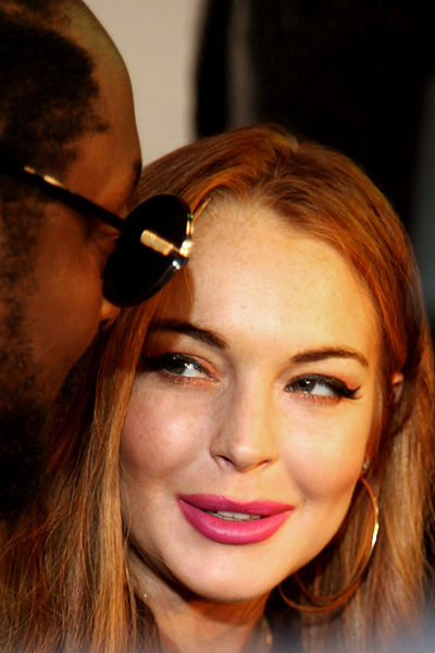 Lindsay Lohan Sues Her Own Clothing Company