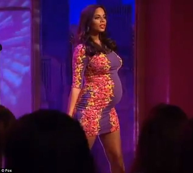 """Pregnant Rochelle Wiseman: """"Marvin Humes Loves My Boobs"""""""