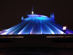 Space Mountain (Disneyland) Closed Out of Safety Concerns