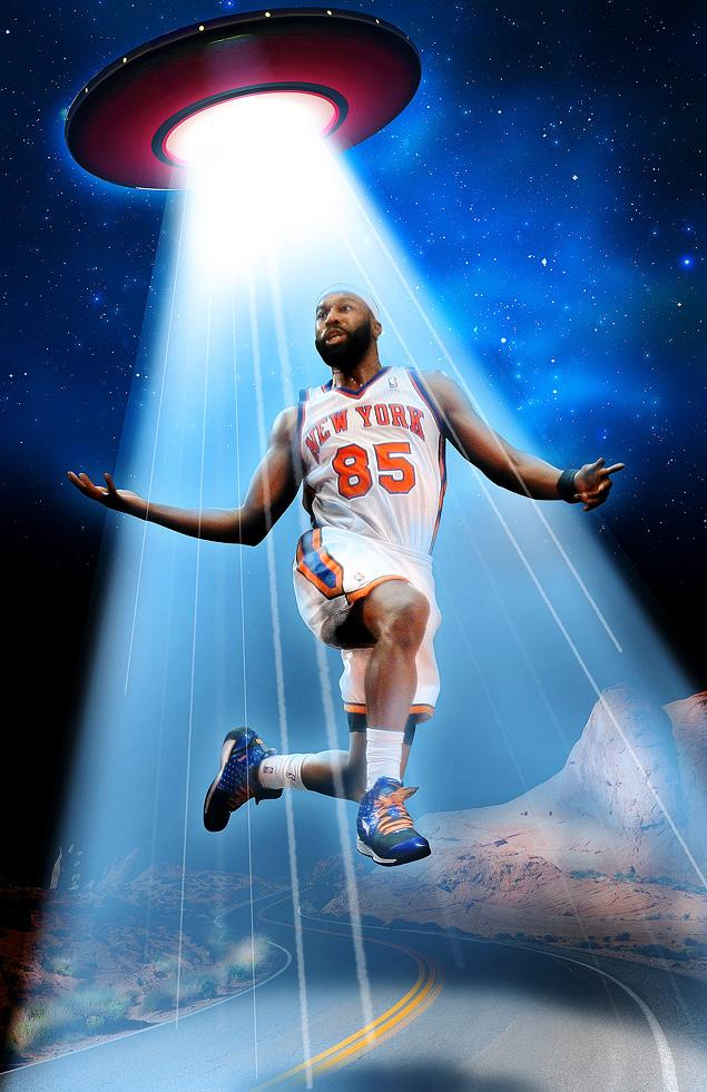 PHOTO ILLUSTRATION BY ISAAC LOPEZ/NEW YORK DAILY NEWS; PHOTOS BY AP, GETTY IMAGES  Baron Davis had a visit from the mothership 'like two weeks ago,' he told 'The Champs Podcast.'