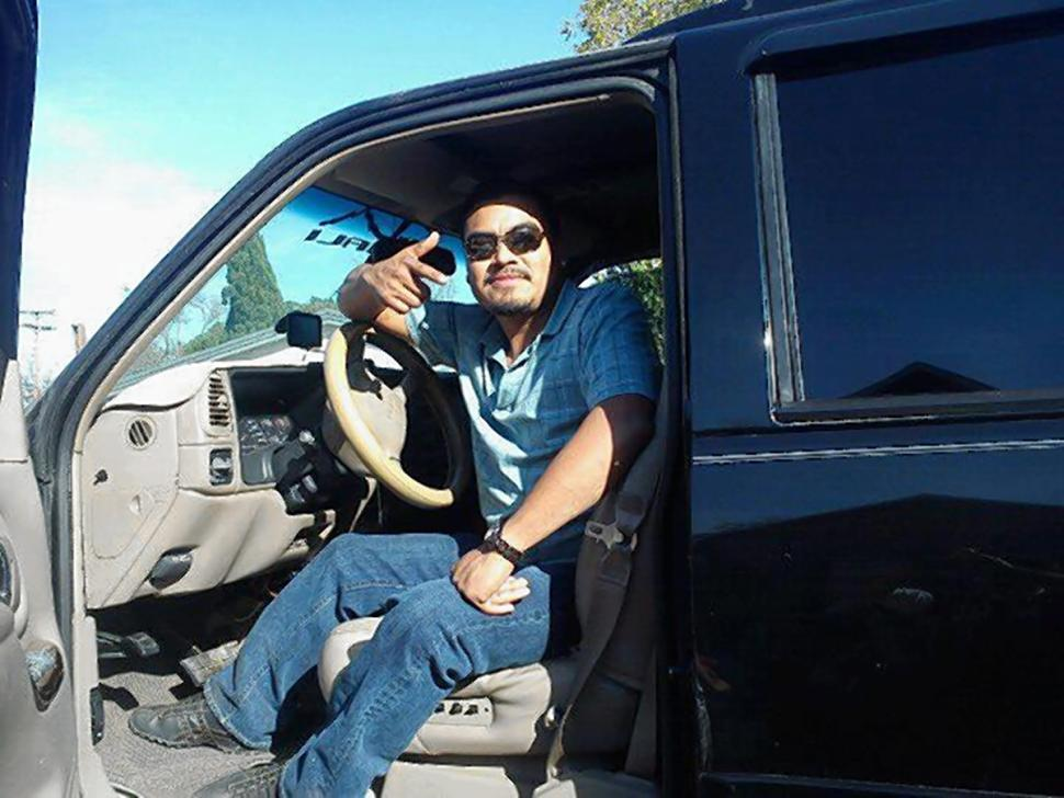 NICOLAS CRUZ VIA FACEBOOK Cruz was driving a 1990 Mazda when he crashed into his wife's vehicle Wednesday. Read more: http://www.nydailynews.com/news/national/texas-newlyweds-driving-separate-cars-die-