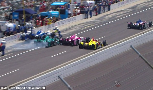 Indy 500 crew hit during race (VIDEO)