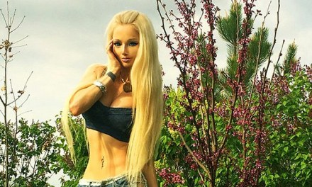 Valeria Lukyanova shows off Her abs:  Human Barbie Has Sweet Six Pack