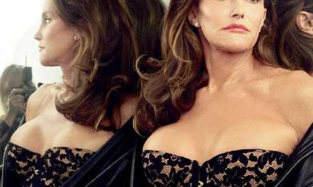 Caitlyn Jenner Signs Mag Cover For Surgeon