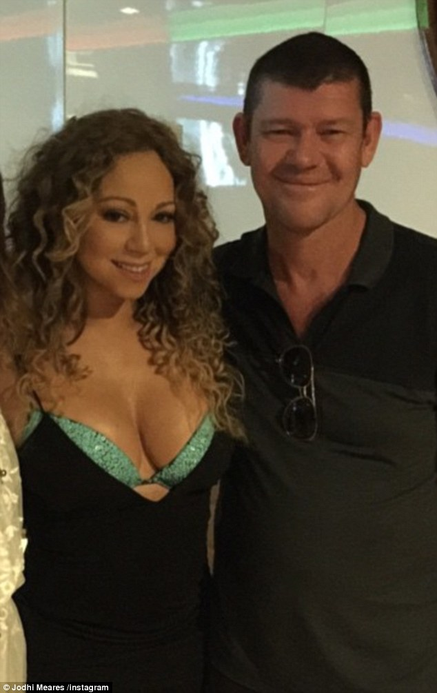 Wedding bells? Mariah Carey and her new partner James Packer are reportedly planning to walk down the aisle as soon as her divorce to Nick Cannon is finalised   Read more: ht