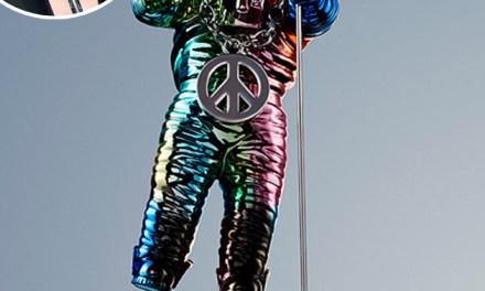 mtv moonman makeover:  designer Jeremy Scott to give moonman facelift