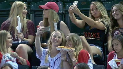 Diamondbacks announcer selfies 1