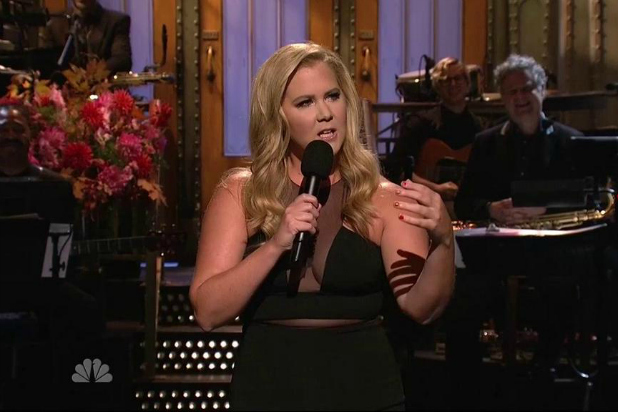 amy schumer kardashians diss on SNL Is Awesome (VIDEO)