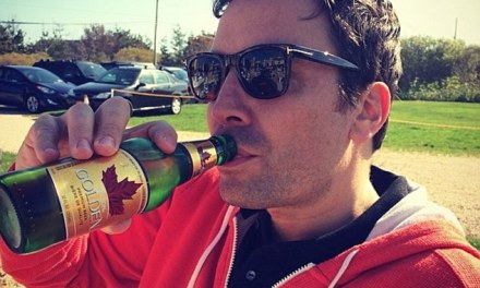 """Jimmy Fallon Has A Drinking Problem: """"He's A Mess"""""""