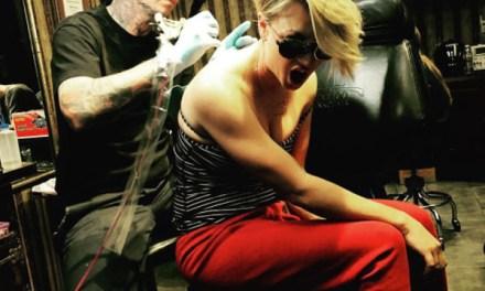 Kaley Cuoco tattoos Regret:  Actress Makes Alters Wedding Tattoo (PHOTO)