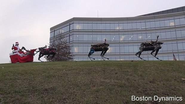 Robot reindeer