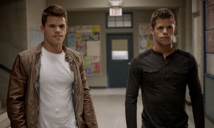 Charlie Carver 'Teen Wolf' Star Comes Out On Oline