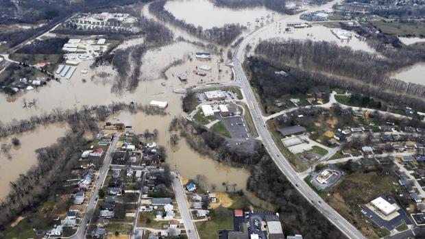 Illinois levee breaks: Cleanup Will Takes Weeks