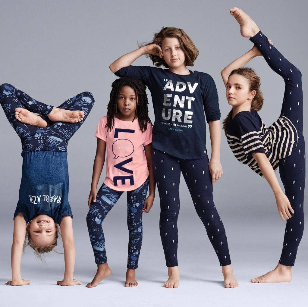 Gap ad apology