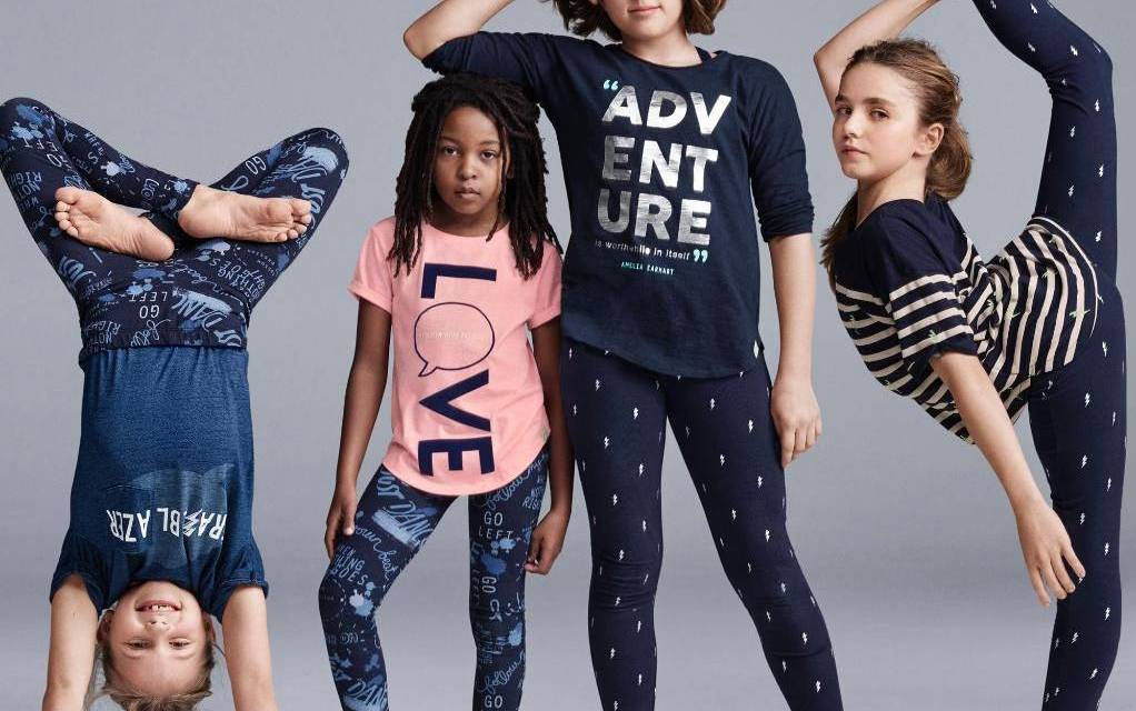Gap ad apology For Racist Ad (PHOTO)