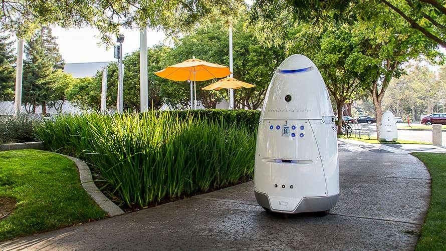 Security robot hits toddler