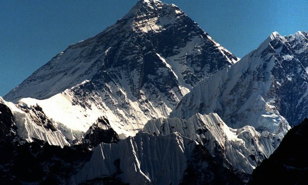 Mount Everest deaths hit record high with latest tragedy