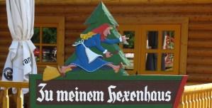 Hexenhaus Wegweiser