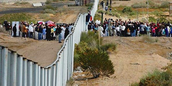 Image result for pictures of illegal immigrants crossing the border