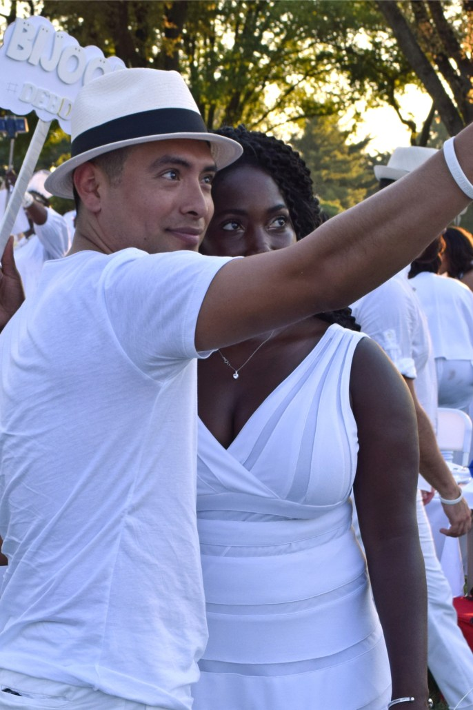 The All-White Affair: All White at Diner en Blanc 14