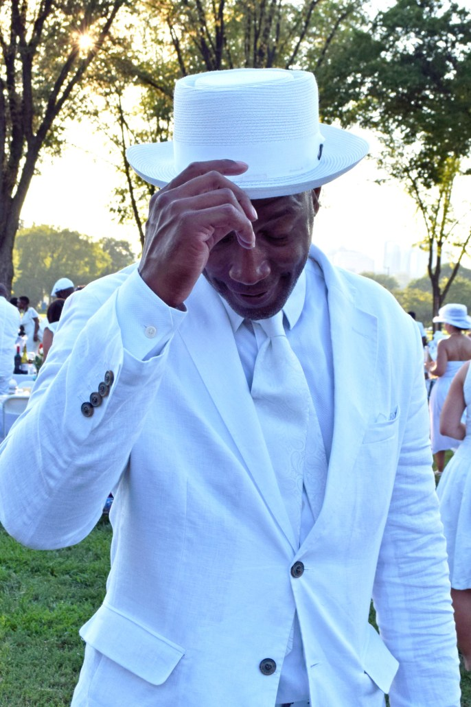 The All-White Affair: All White at Diner en Blanc6