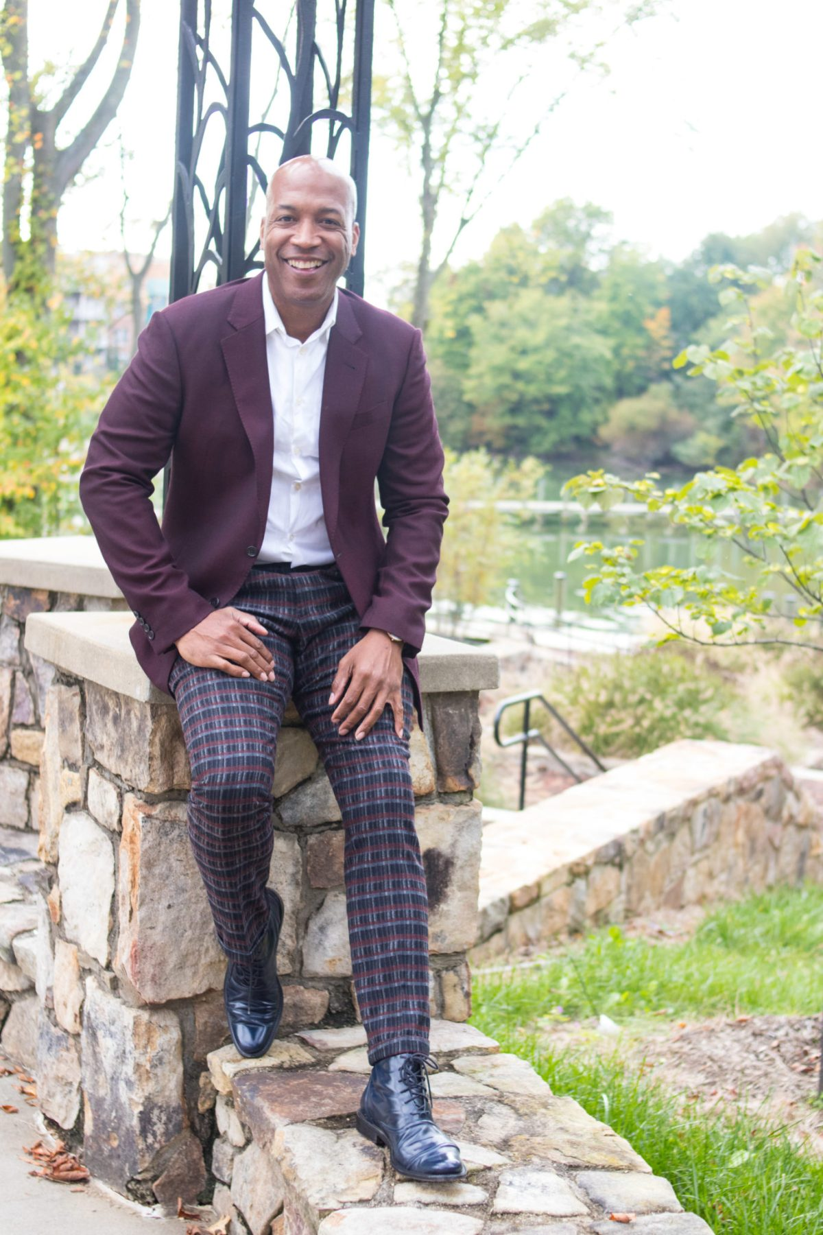 Fall trends for men - DCFashion Fool smiling