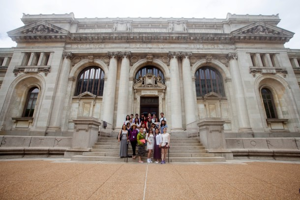 More than twenty English teachers from China visited the Historical Society in July.