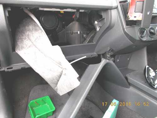 small resolution of hbr glove box removed jpg