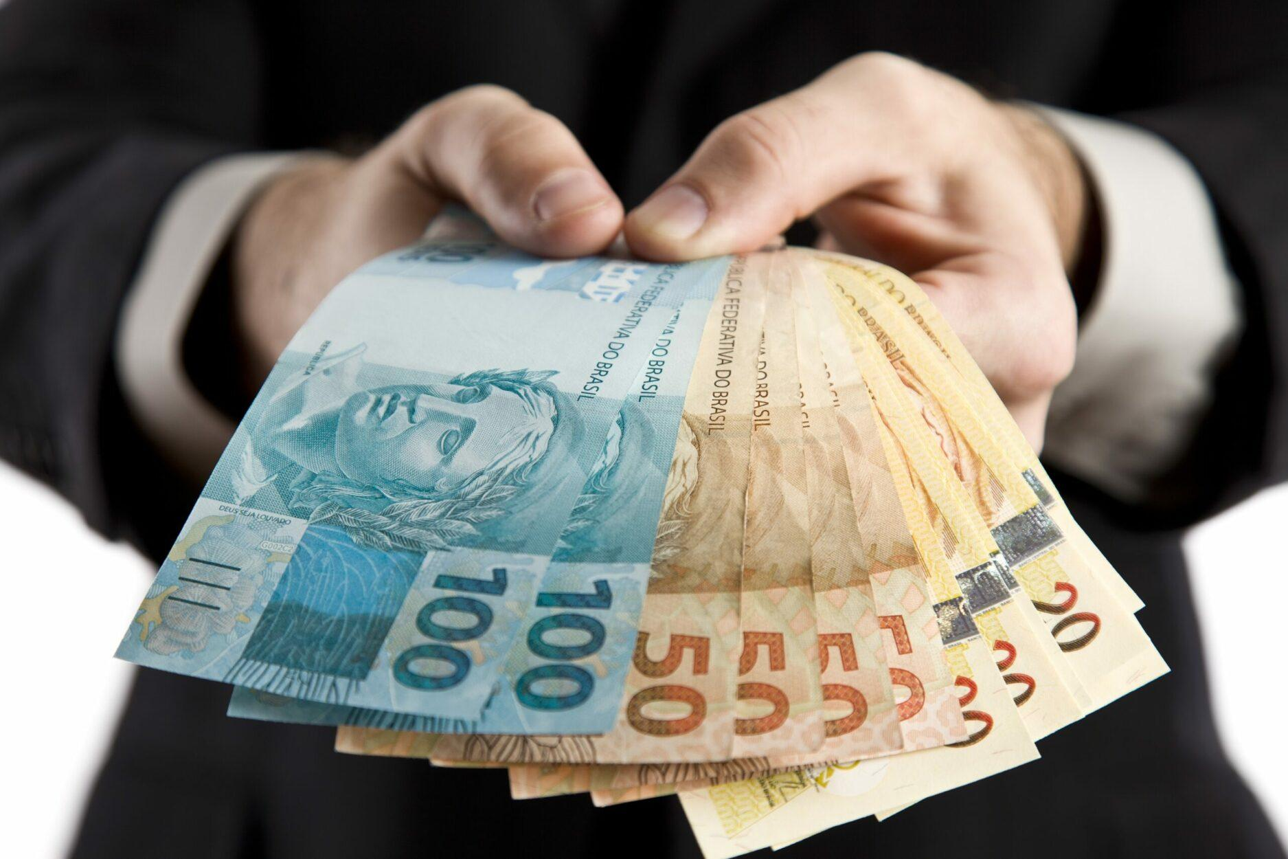 milionários brasileiros