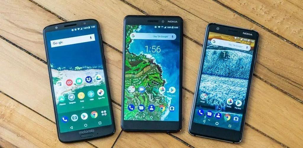 imagem mostra celulares bons e baratos