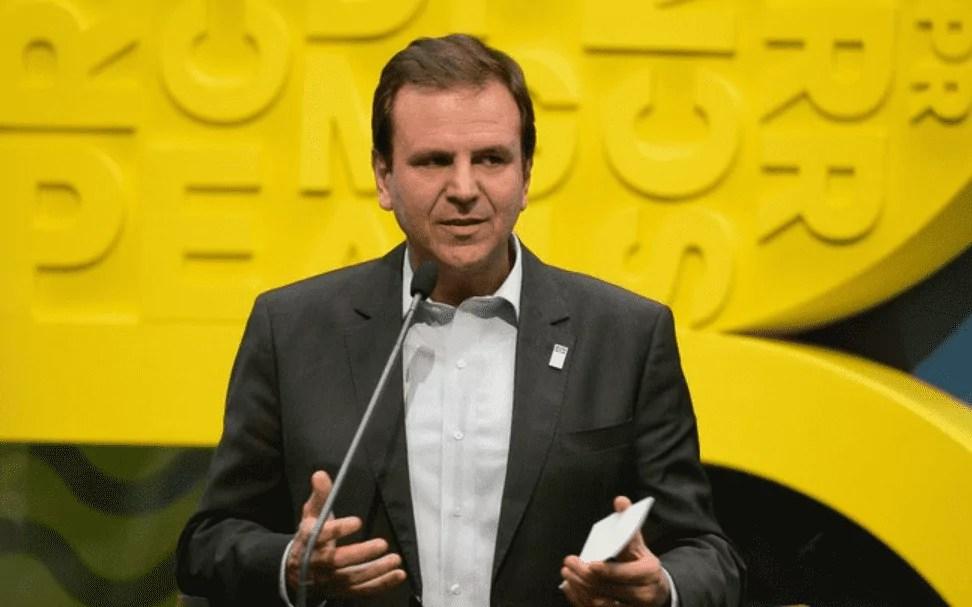 Foto mostra Eduardo Paes, candidato à prefeitura do Rio de Janeiro