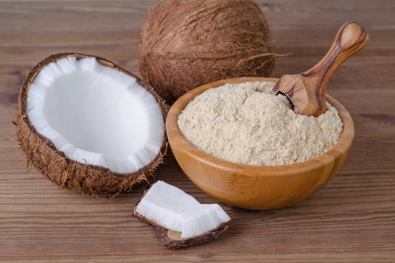 O coco pode ser um corante natural branco