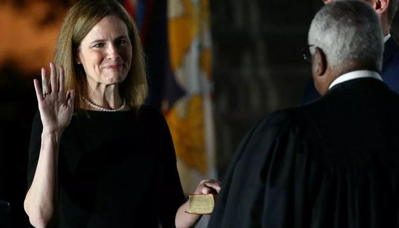 Amy Coney Barrett é confirmada à Suprema Corte