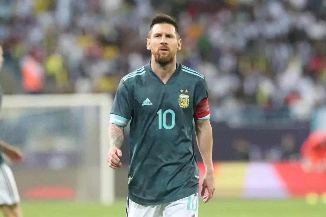 Enquanto Brasil encara o Peru, Argentina pega a Bolívia, fora de casa