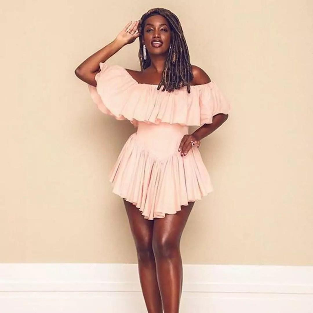 Estilo Iza vestido rosa