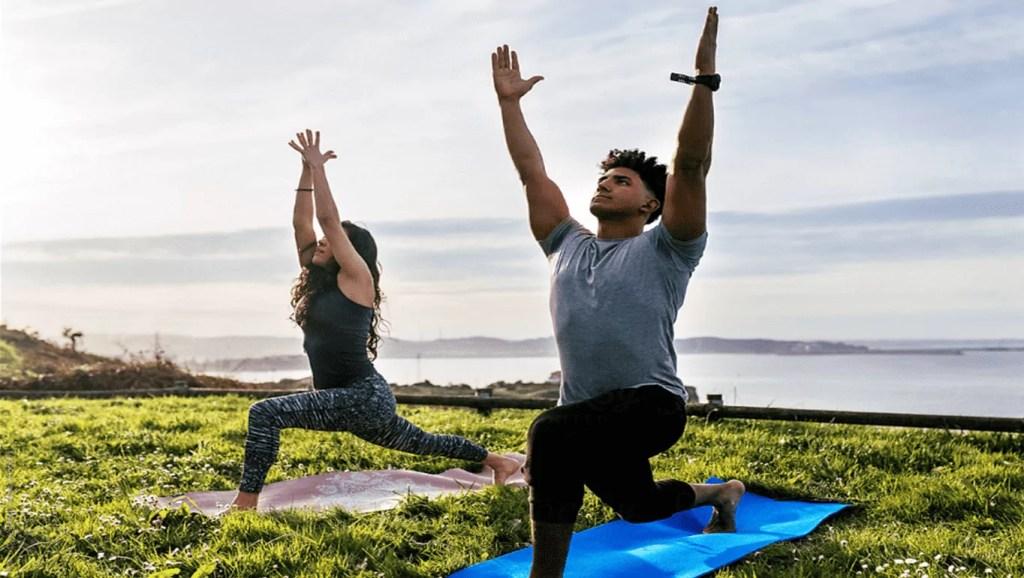 Yoga em dupla