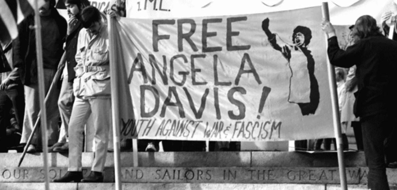 A prisão de Angela Davis desencadeou uma série de manifestações nos EUA ao longo de 16 meses. Fonte: Wikipédia
