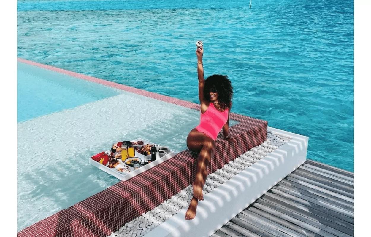 Imagem mostra Juliana Paes em hotel nas Maldivas