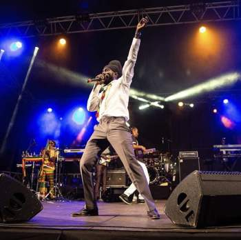 Sizzla images - Sizzla arrives in Ghana this Wednesday for JaGhafest