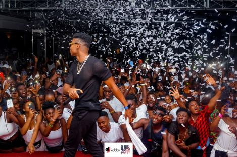 KIDI - Photos: KiDi and Fameye thrills Fans in Italy