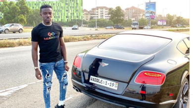 Photo of Criss Waddle threatens to Slap Bishop Obinim