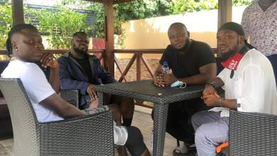 Photo of Mr Drew meets Stonebwoy to offer Apologies over 'Eat' Song theft allegations
